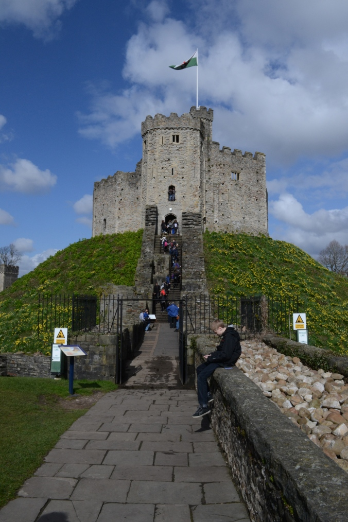 Norman Keep Cardiff Castle.jpg